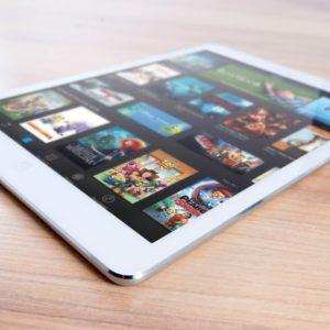 iPads und Co. sind Immer vielseitiger im Einsatz. Daher ist auch ein Tablet Schutzbrief sinnvoll